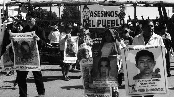Parents of the disappeared students from Ayotzinapa make a solidarity visit to Nochixtlán.