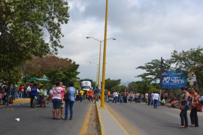Teachers union blockade in Isthmus of Tehuantepec, Oaxaca